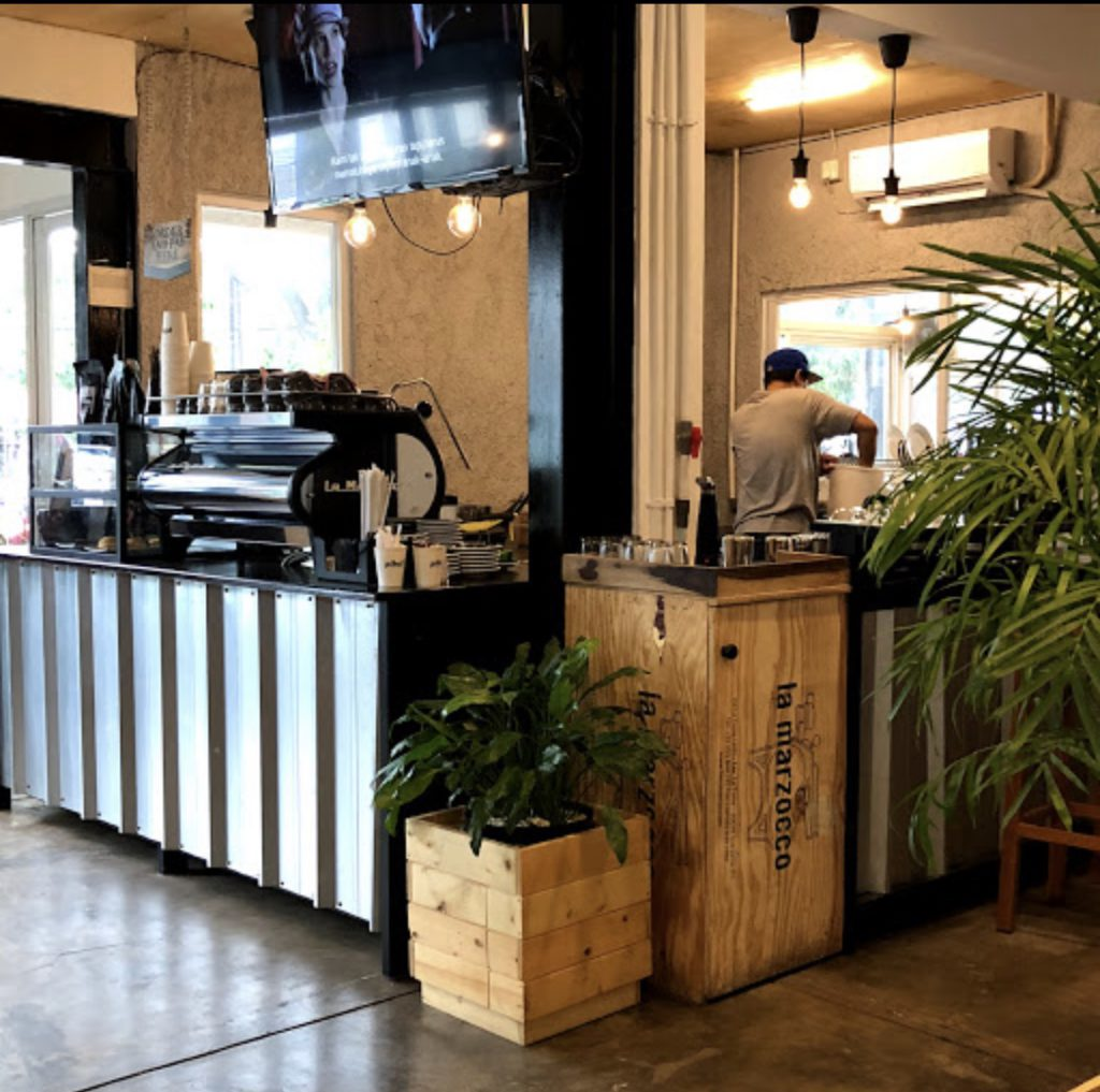 Pikul coffee roastery cipete