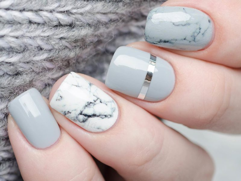 Top 6 Salons to Get Nail Treatment.
