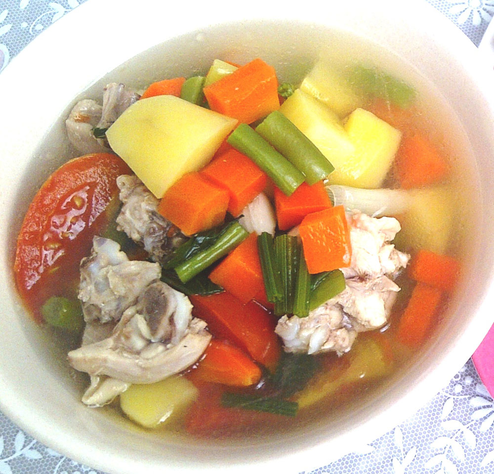 sop ayam indonesian chicken soup cold remedy
