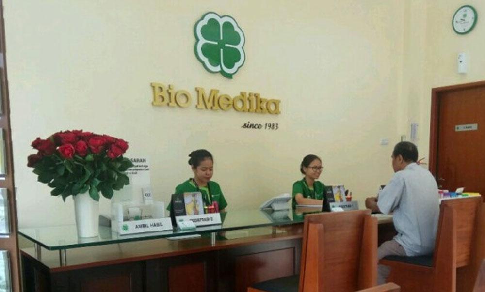 front dest of bio medika