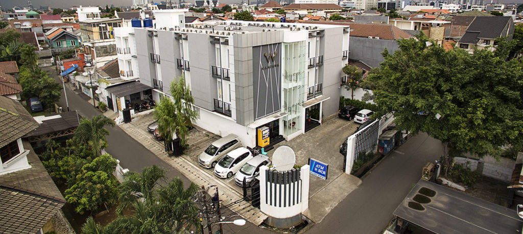 outside view of W mampang kost, exclusive kost in mampang