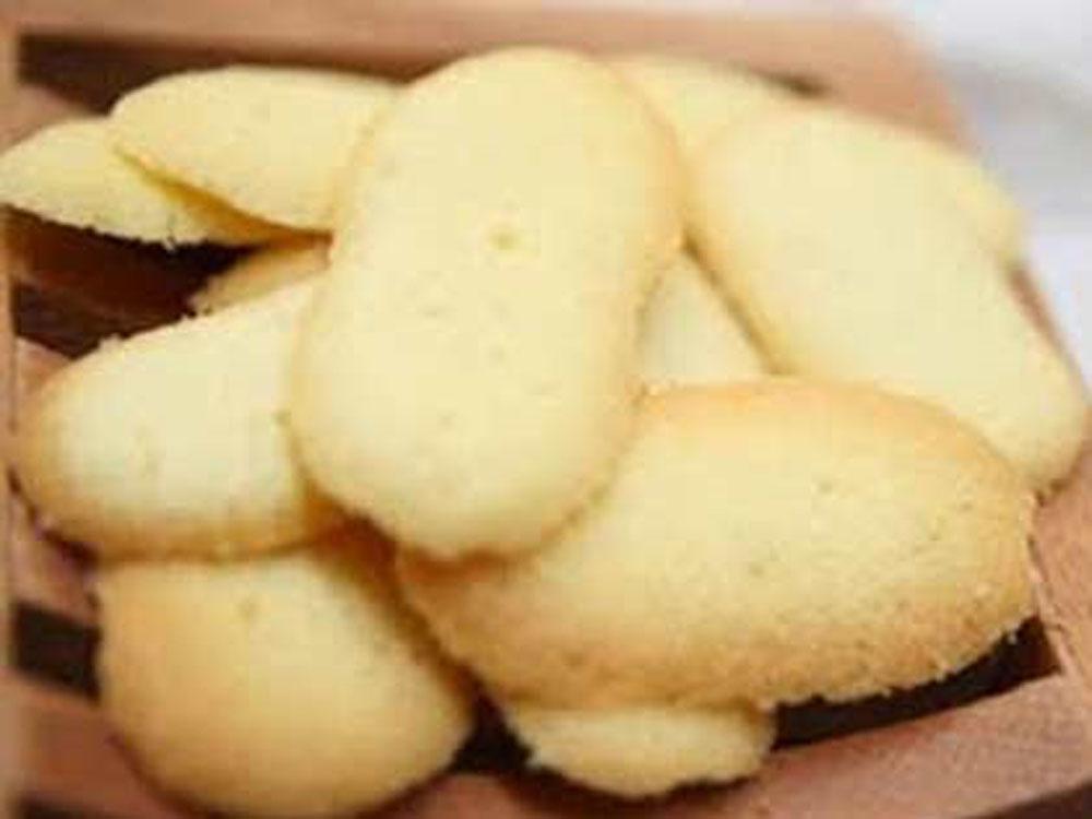 lidah kucing Classic Festive Cookies Lebaran