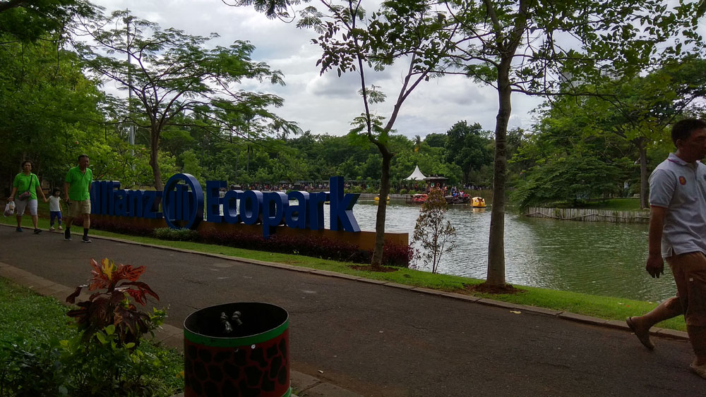 ancol weekend activity jakarta