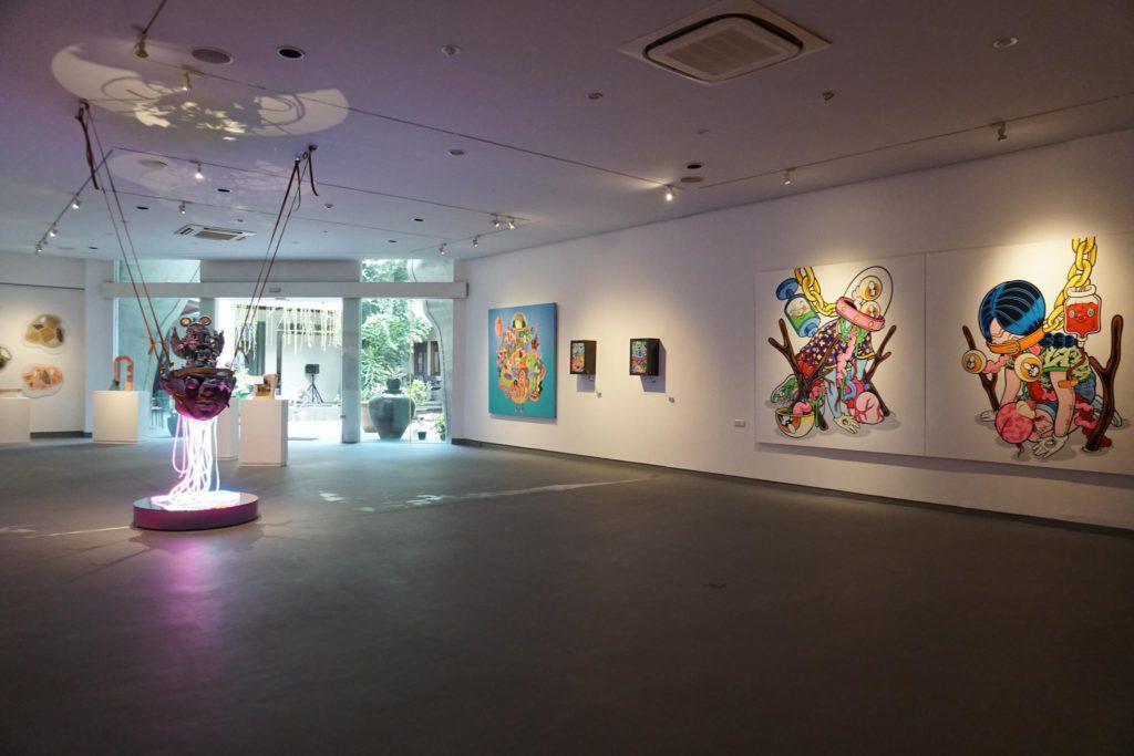 inside of Edwin's Gallery