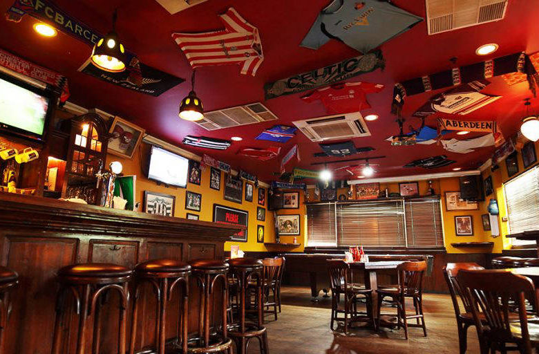 Top 8 Bars to Play Pool in Jakarta