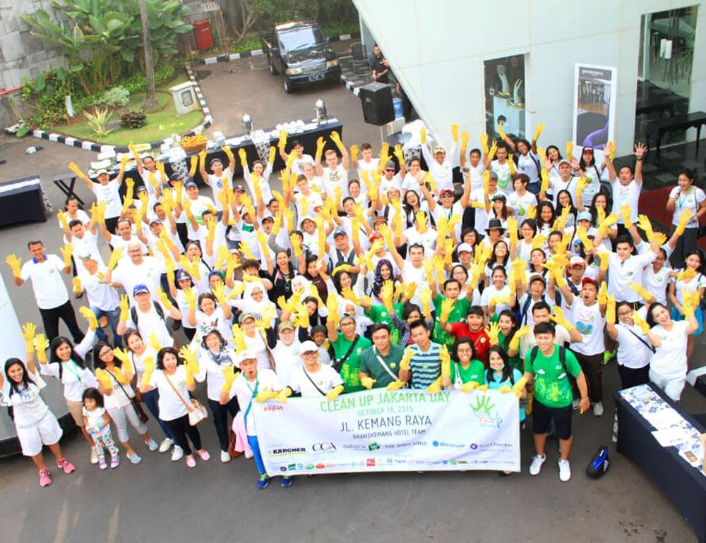 clean up volunteer opportunities jakarta