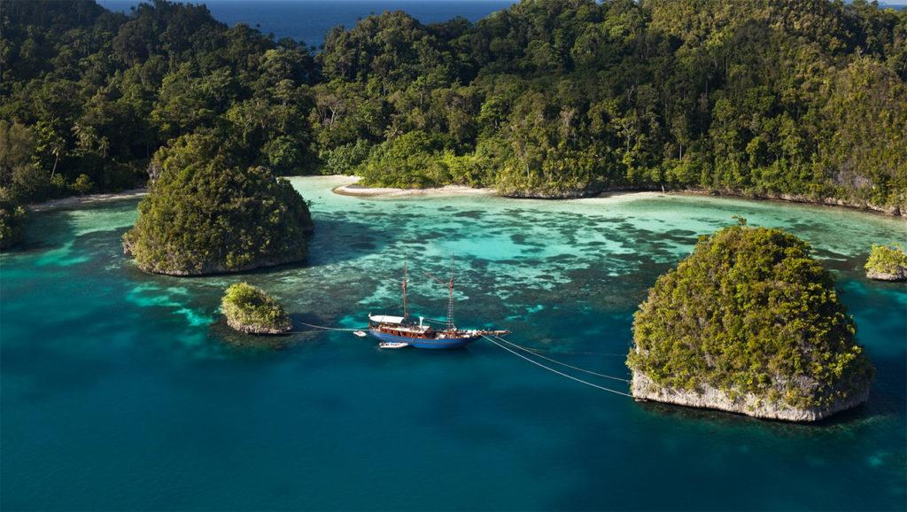 Lombok Island Indonesia best destination Seven Holiday travel
