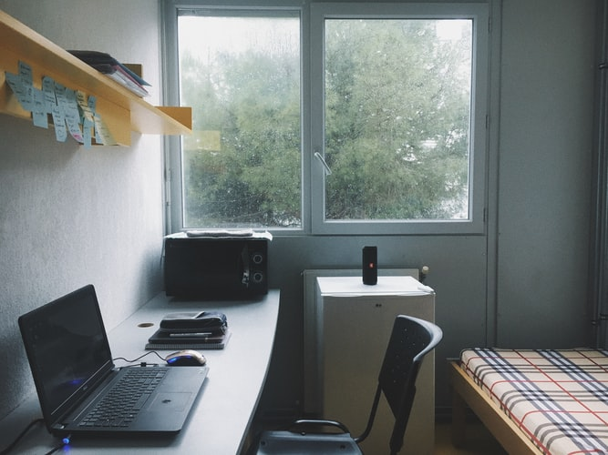 7 Signs You Need to Move Out from Your Kost