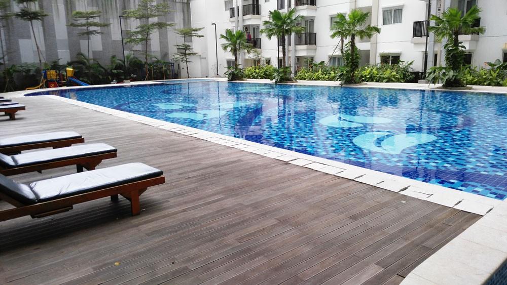 Apartment Near Transportation Hub in East Jakarta: Signature Park Grande