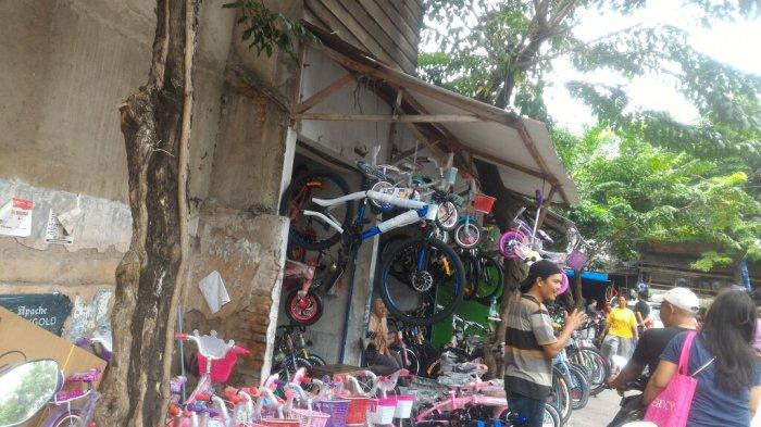 Pasar Lontar view