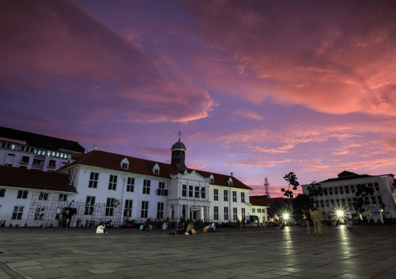 Berakhir Pekan dengan  Wisata Kota Tua Jakarta