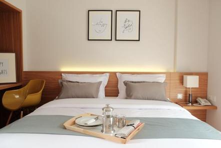 Flat 06 Tendean Staycation hotel