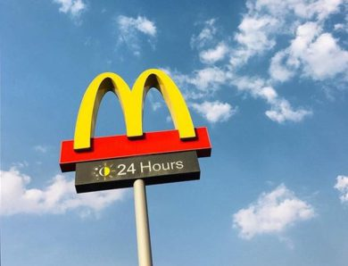 Restoran 24 Jam Terbaik di Bekasi