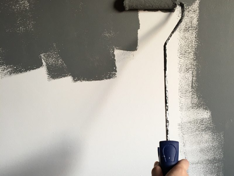 10 Cara Mengecat Tembok Sendiri untuk Pemula
