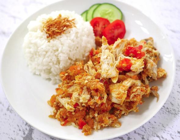 Ayam Geprek: Rekomendasi yang Terbaik dan Terhits di Jakarta