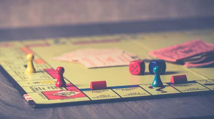 Permainan 90-an untuk Dimainkan dengan Teman Sekamar