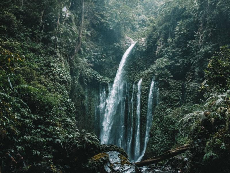Air Terjun Terbaik Dekat Jakarta