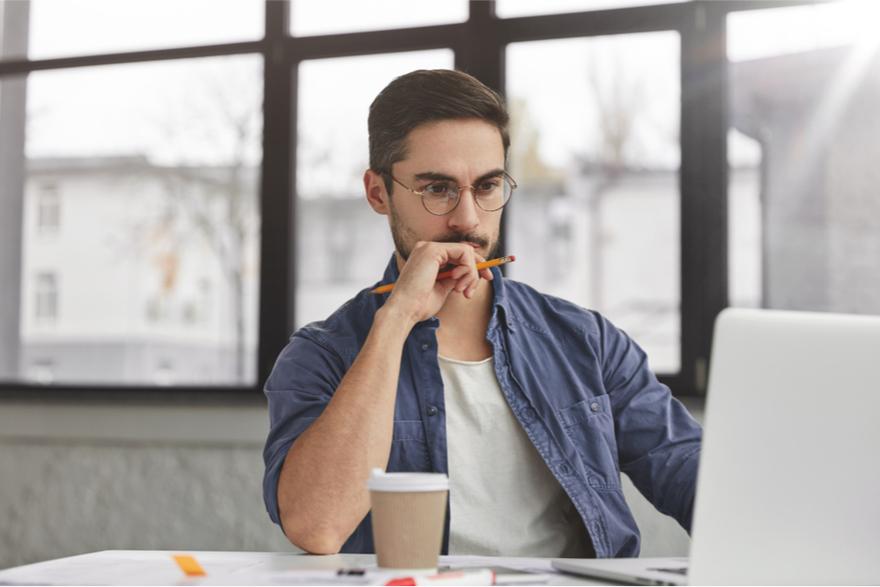 Tips untuk tetap produktif saat banyak deadline: Fokus