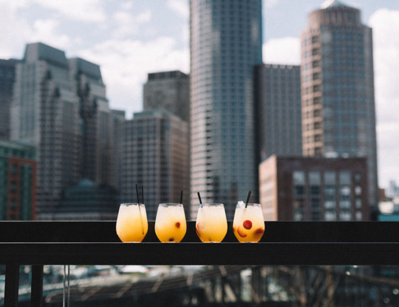 Rooftop Bar Terbaik di Jakarta