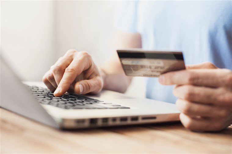 Pay apartment rent with credit card