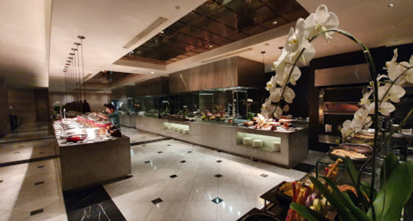 restoran buffet hotel di jakarta spectrum