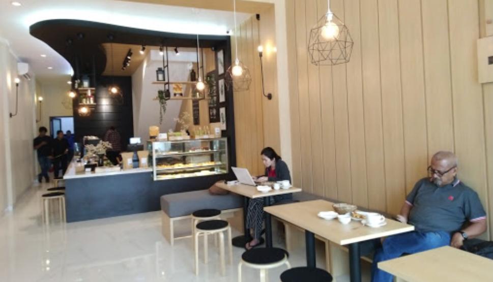 kafe di tebet riveaux