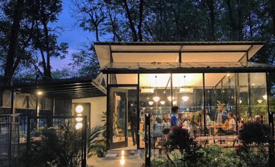 tempat makan di sentul popolo
