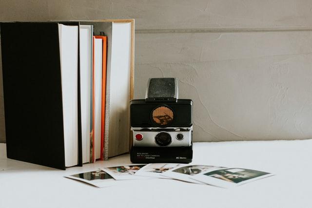 dekorasi meja belajar foto kenangan