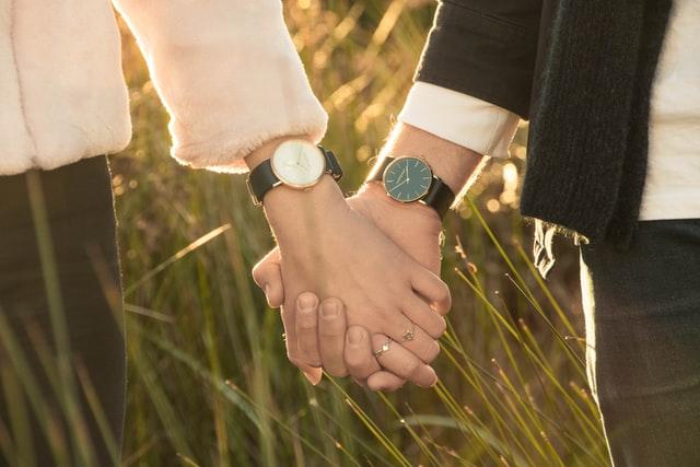 barang couple jam tangan