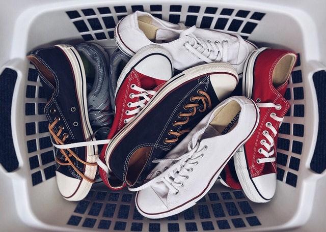 barang couple sepatu
