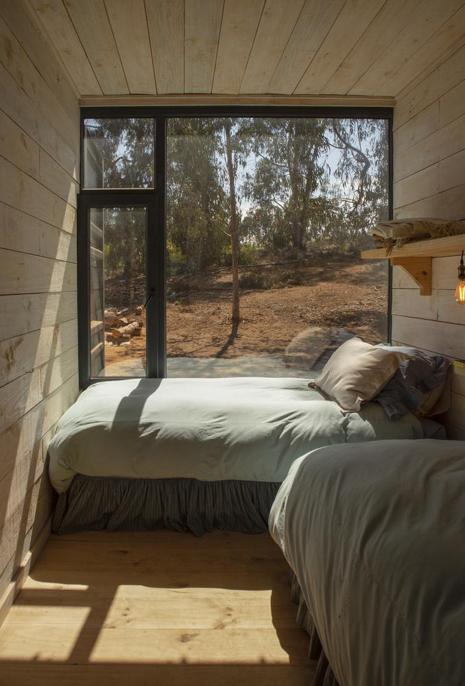 rumah kontainer: interior kamar tidur di Container House