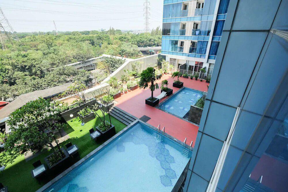Taman Sari The Hive Swimming Pool