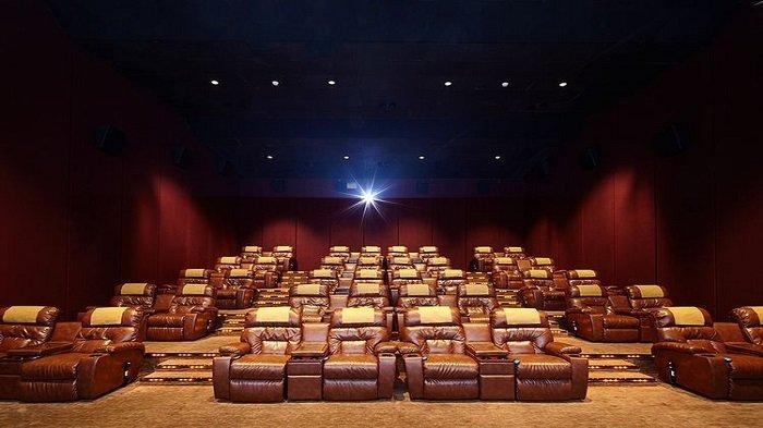 hiburan berupa menonton bioskop
