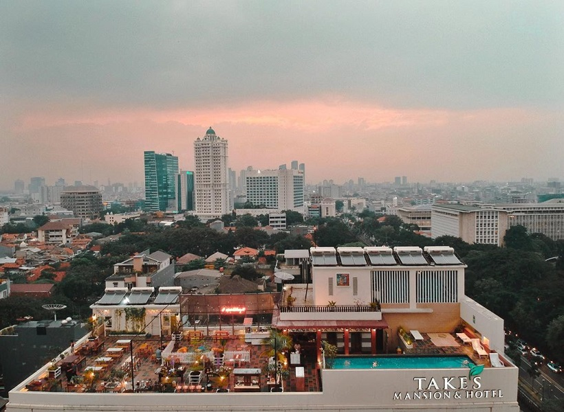 Langit Seduh, Kebon Sirih rooftop