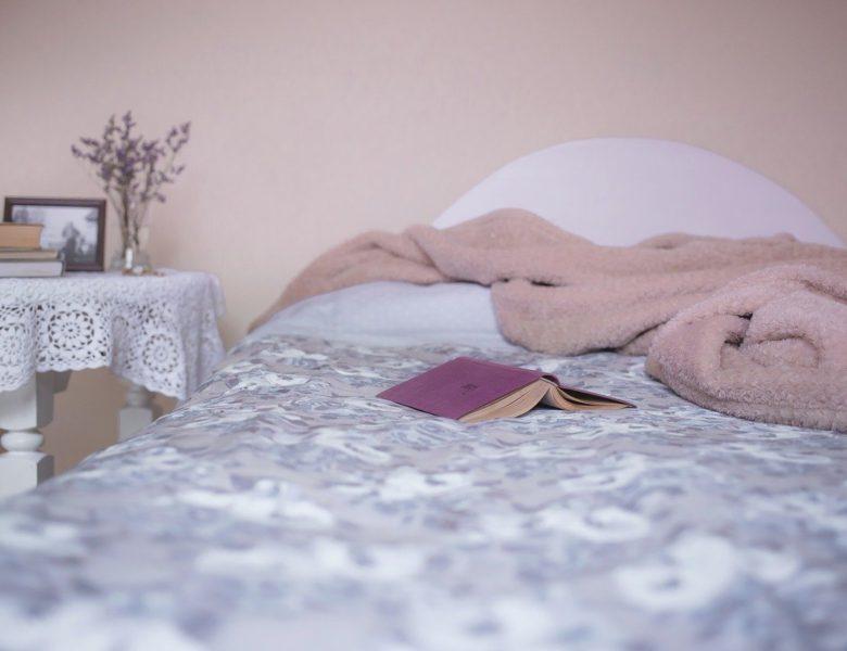 Awali Harimu Dengan Merapikan Tempat Tidur Dalam 5 Menit!