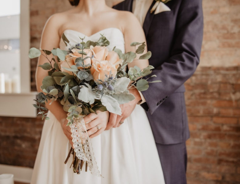 10 Wedding Songs That Will Complete Your Wedding