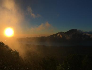 13 Jalur Hiking Bali Terindah Yang Harus Kamu Coba