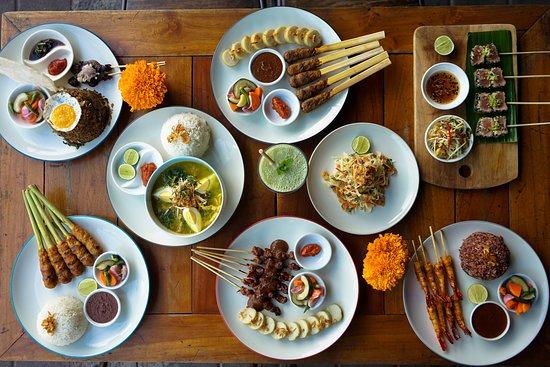 8 Rekomendasi Tempat Makan di Kuta: Enak dan Murah!