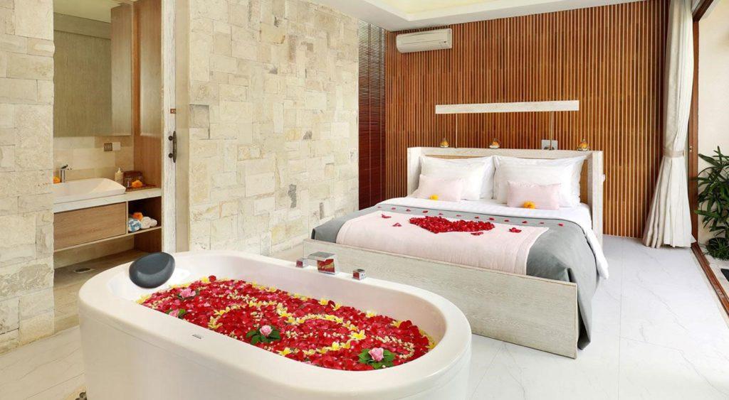Salah satu layanan romantis yang ditawarkan vila La Vie kepada tamu