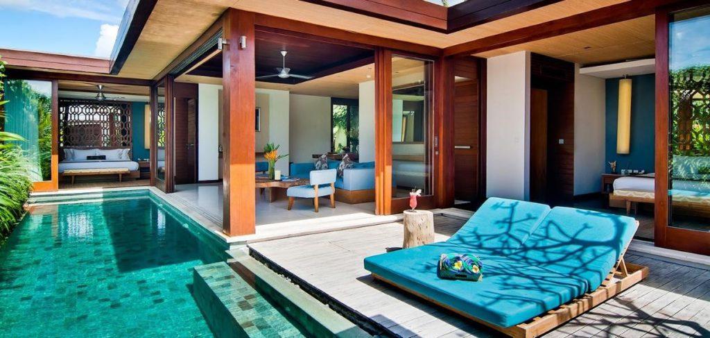 Area luar ruangan dan kolam renang di Vila Maca