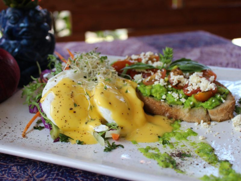 14 Best Canggu Restaurants: Cheap and Delicious