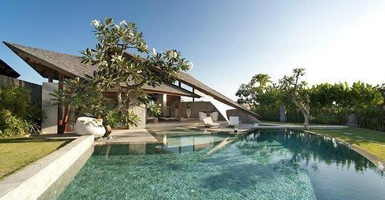 Suasana alam Bali di vila The Layar Designer
