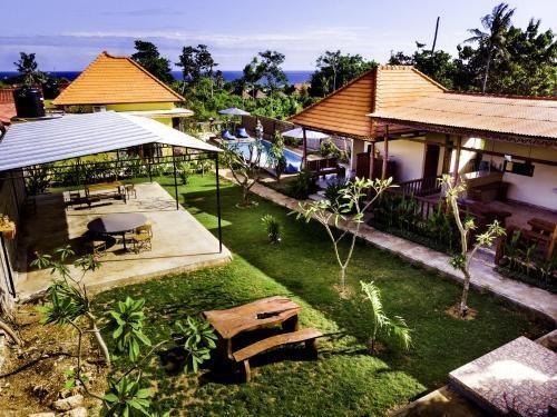 dream beach hostel bali
