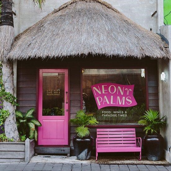 neon palms restoran seminyak