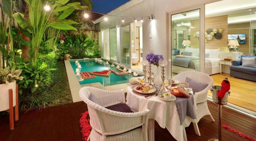 Makan malam romantis di Vila Aleva