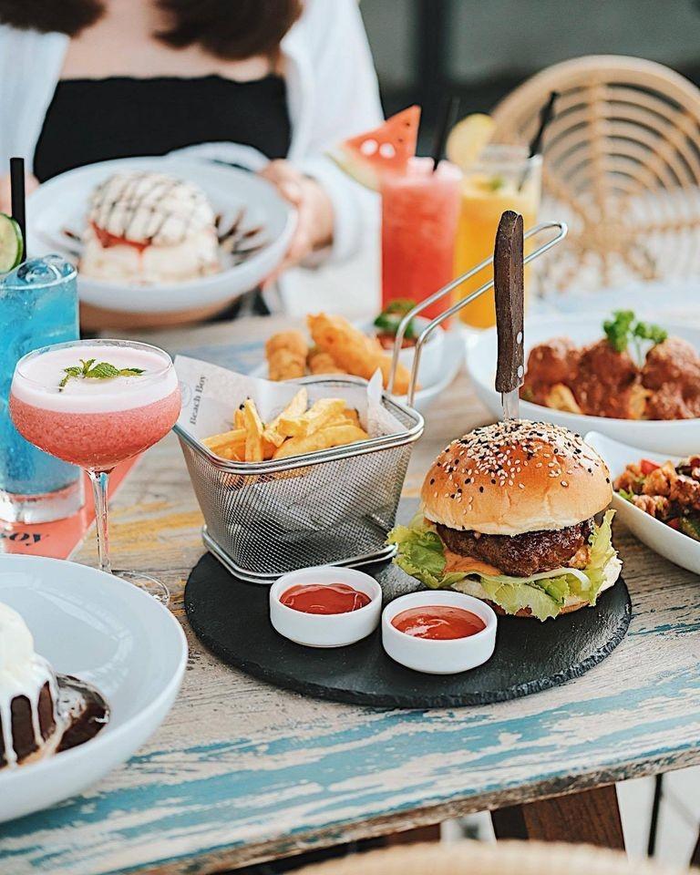 food at beach boy canggu