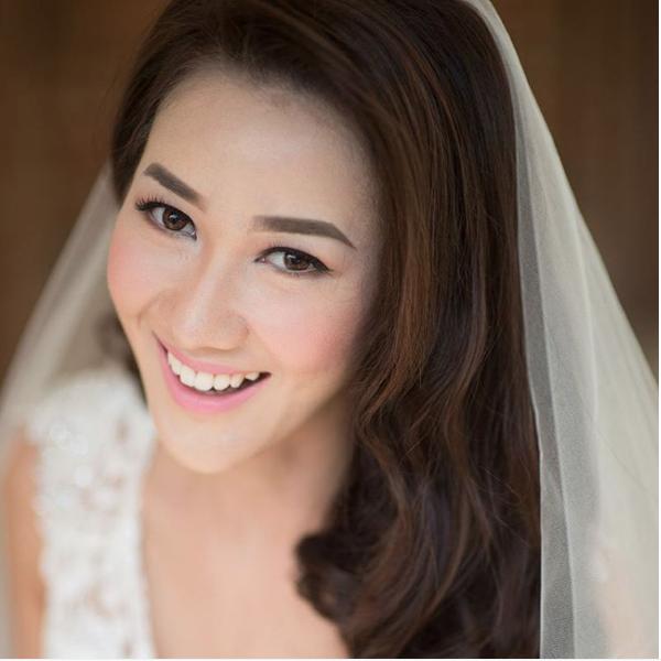 lona makeup artist bali