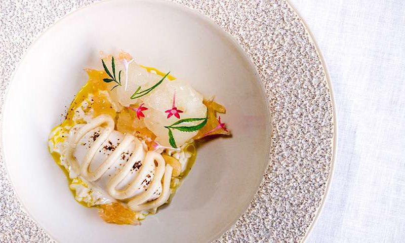 7 Restoran Terbaik di Uluwatu: Pemandangan Indah dan Menu Enak!