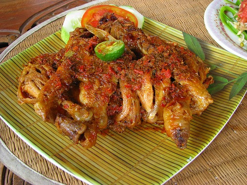 Get to Know Ayam Betutu: The Original Taste of Bali Culinary and 10 Recommendations!