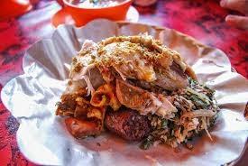 nasi babi guling di warung Ibu Oka